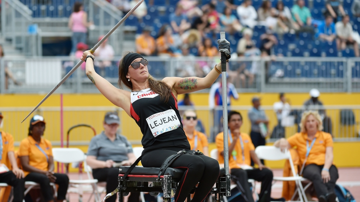 Pam LeJean throws the javelin at Toronto 2015