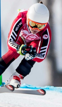Mollie Jepsen skiing downhill